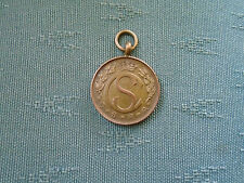 1955 CIVIL SERVICE TARGET SHOOTING ASSOCIATION VICKERS BOWL BRONZE MEDAL BADGE