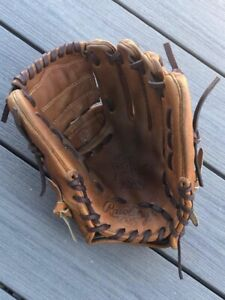 "Rawlings Heart of the Hide 11.75"" Infield/Pitcher Baseball Glove - PRO205-9BU"