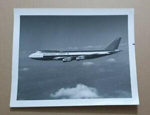 VINTAGE PHOTOGRAPH Northwest Orient AIRLINES (NWA) Boeing 747-151  IN FLIGHT