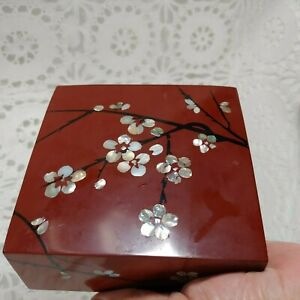 Mother Of Pearl Inlay Brown Black Lacquer Wood Square Trinket Box Cherry Tree