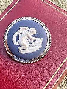 Vintage Sterling Silver Brooch - Wedgewood - Blue Jasper - Silver - 1973