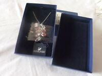 GENUINE SWAROVSKI STUNNING PINK INDIAN LAGOON NECKLACE PENDANT NIB 1035265
