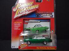 Johnny Lightning Dodge Coronet 1969 Green 1/64 JLMC001A sat1
