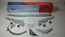 1:200 Herpa snap fit A340-600 South Africa