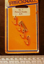 Picture hooks no:1 size - brass plated finish - pkt.4