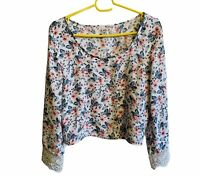Hollister Size XS Floral Flower Lace Viscose Bell Sleeve Crop Top