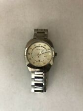 GUCCI 142.3 Stainless Steel 40mm Men's Swiss Made Date Wrist Watch