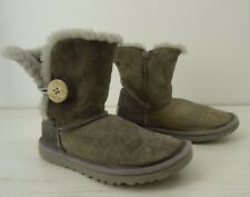 UGG Boot Gray Button Short Womens Size 5