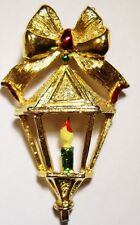 VTG GERRYS CHRISTMAS LANTERN GOLDTONE PIN BROOCH CANDLE