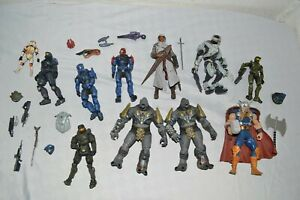 "LOT: LOOSE ACTION FIGURES Assassins Creed, Halo, Thor, Mcfarlane? +Weapons 5""-6"""