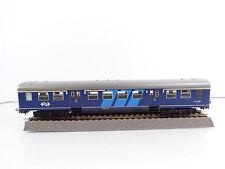 Spur N Modellpersonenwagen in Blau