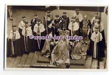 r1591 - Queen Elizabeth in Westminster Abbey - Coronation postcard