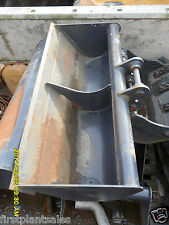 3FT Kubota Grading bucket Pin 25mm D/W 98mm C/C 90mm (462)