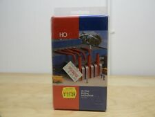 WALTHERS, AIR FILTER BUILDING , HO SCALE. PLASTIC STRUCTURE KIT, 933-3503