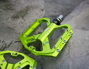 ENZO Steel Road Mountain Bike Bicycle Pedal 3 Bearing Flat-Platform Pedals Green