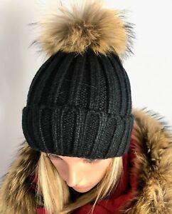 Damen Strickmütze Winter Warm mit Echtfell Bommel Beane Finnraccoon Fellbommel