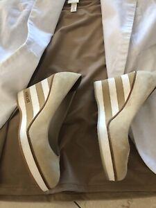 Armani Damen Schuhe Beige Gr.36