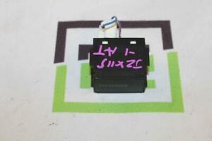Toyota Mark Ii Blit JZX115 1JZGE 02-07 Button Passenger 8395022020