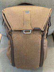 Peak Design Everyday Backpack 20L Tan v1