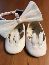 Baby Gap Crib Shoes & Matching Head Band 3-6 Months