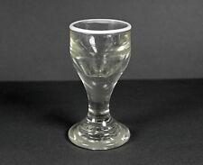 großes Schnapsglas aufgeschmolzener weißer Glasfaden Berlin um 1850 sehr selten!