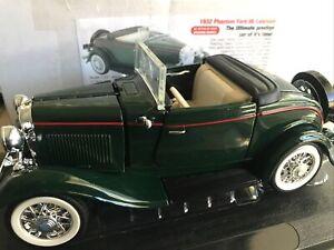 1932 Phantom Ford v8 cabriolet COA 1/24 Scale steering works !  Re A84