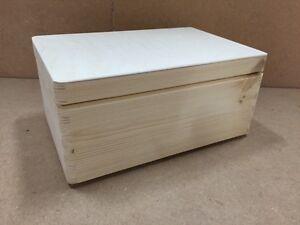 Fab Natural wood storage crate + lid 30x20x14CM DD168NH trunk store display