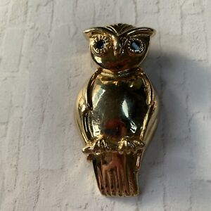 Vintage Gold Tone Metal Owl Bird Perched Animal Figural Brooch Pin