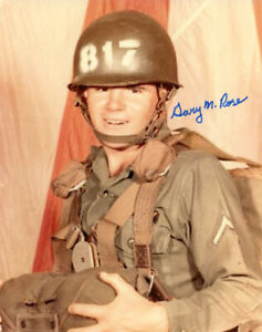 GARY M. ROSE SIGNED AUTOGRAPHED 8x10 PHOTO MEDAL OF HONOR MOH RARE BECKETT BAS