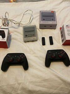 256GB Rare Raspberry Pi 3, SuperPi Case, 2 x wireless Controllers, RetroPie