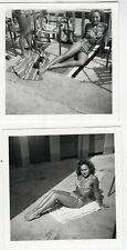 PHOTO ANCIENNE 2 Photos Maillot de bain rayé Rayure Femme 1960 Pin up Jambe