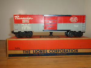 """LIONEL O GAUGE # 3494 NEW YORK CENTRAL """"PACEMAKER"""" OPERATING BOX CAR AND BOX"""
