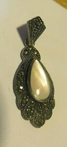 Superb 925 Silver Teardrop Pendant with Marcasite & Mother of Pearl Inset