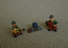 Lead toy cowboys