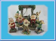 Jim Shore Snow White 7 Dwarfs + Wishing Well Displayer Base Disney Traditions
