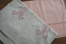 2 pochettes anciennes à lingerie, trousse, linge ancien, monogramme AB