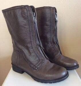 Women's Kenneth Cole Reaction Boots Booties Clo-se 2 Me Size 7 M Coffee Brown