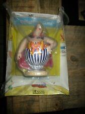 Asterix-statuette Plastoy-Obélix déguisé-Neuve+Fascicule-Année 2004-Numéro 56