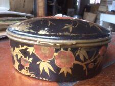 ancienne  boite à bijoux  en porcelaine  decor oiseaux - s102