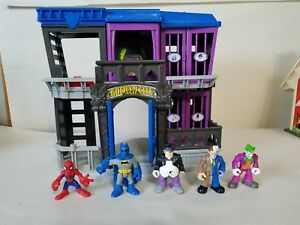 Fisher price imaginext gotham city jail with 5 Figures