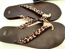 """gap""  ladies toe post flat sandals size 7 animal print straps"