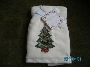 2  New Kassatex  Christmas finger towels