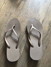 havaianas flip flops size 6-7 Copper Gold Wedge