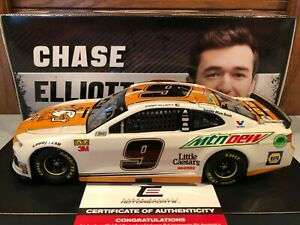 Autographed 2019 Action Chase Elliott #9 Little Caesars Mountain Dew Camaro 1/24