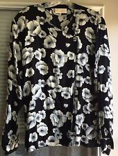 Pendleton Women's Black w/White Floral Long Sleeve Top 12