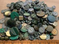 Vintage Green Button Lot Bakelite Glass MOP Plastic Lot BT3