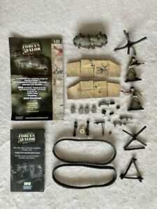 FORCES OF VALOR UNIMAX WW2 TANK PANZER ACCESSORIES AND BRITAINS SOLDIERS 1/32