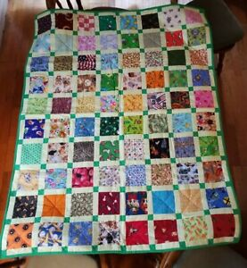 """Handmade Quilt Throw Blanket 51.5"""" X 41.5"""" NEW EXCELLENT Frogs"""