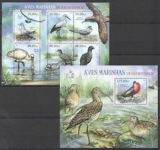 T72 2012 MOCAMBIQUE FAUNA BIRDS AVES MARINHAS EM VIAS EXTINCAO KB+BL MNH