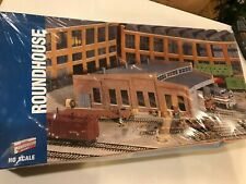 Walthers HO Roundhouse Kit 933-3041, FACTORY SEALED C10